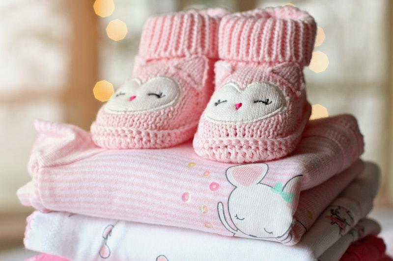 7f726ed44eee De 4 bedste tips til at spare penge på børnetøj - Alt om børn